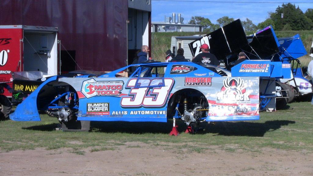 Dirt Race Car Handling Problems