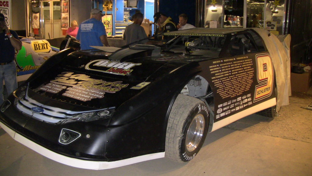 Scaling a Dirt late Model
